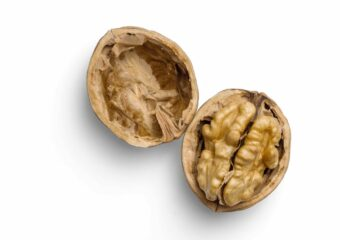 Walnuts are one of the best weight gain foods