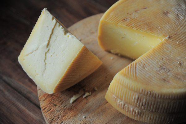 cheese-3463368_1280